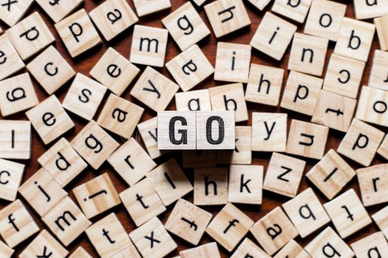 Concepto de programación de la palabra del lenguaje Go imagenes de archivo