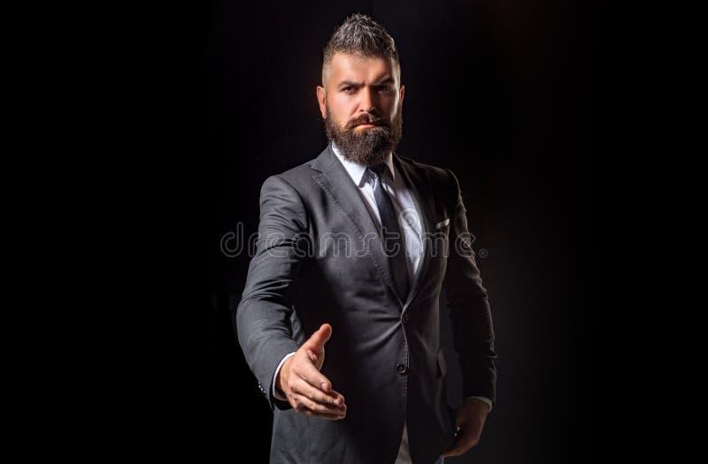 Concepto de sociedad en negocio Retrato del hombre de negocios que sacude las manos Concepto del hombre de negocios Negocio confi fotografía de archivo libre de regalías