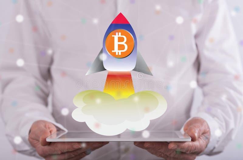 Concepto de subida del bitcoin imágenes de archivo libres de regalías