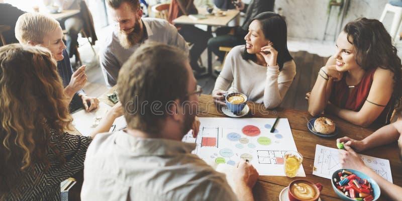 Concepto de Team Meeting Brainstorming Planning Analysing fotografía de archivo