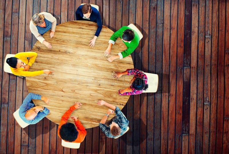Concepto de Team Planning Project Meeting Startegy de la diversidad imagenes de archivo
