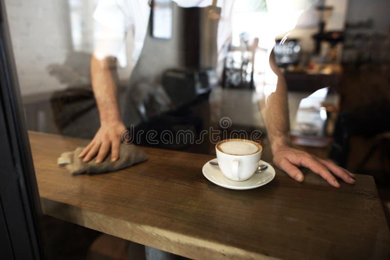 Concepto del café del servicio de atención al cliente del personal de servicio de la porción fotos de archivo