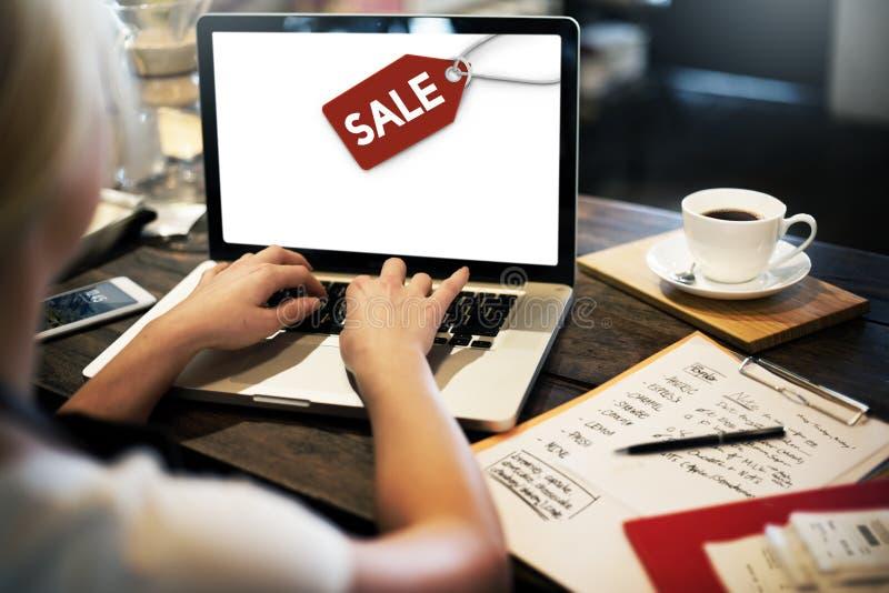 Concepto del comercio de la etiqueta de la etiqueta del descuento de la venta fotos de archivo libres de regalías