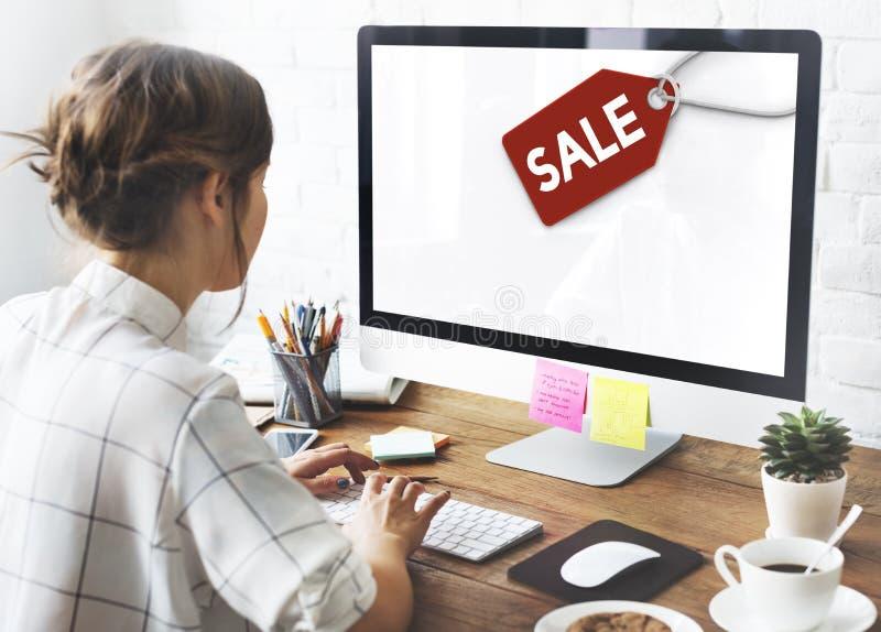 Concepto del comercio de la etiqueta de la etiqueta del descuento de la venta imagen de archivo