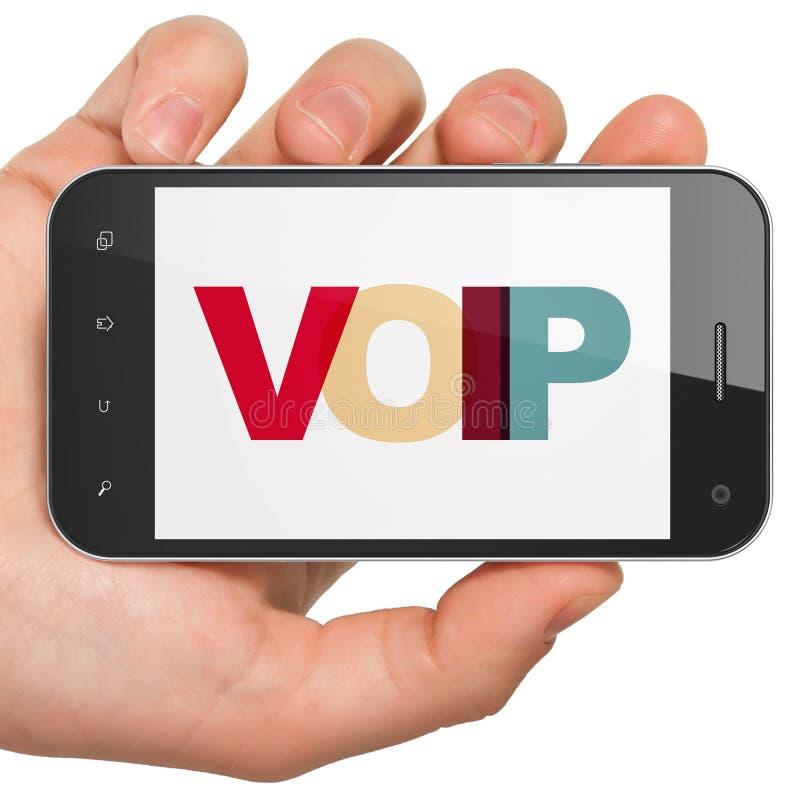 Concepto del diseño web: Mano que sostiene Smartphone con VOIP en la exhibición fotos de archivo libres de regalías