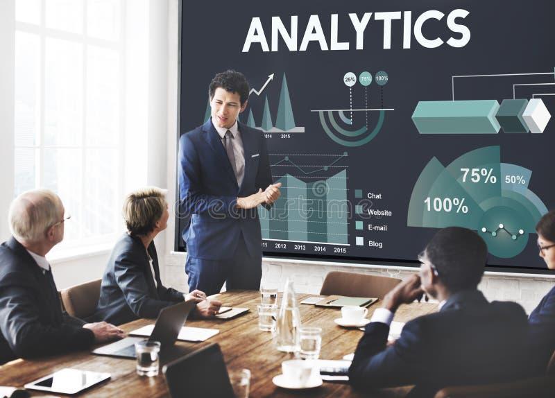 Concepto del informe de negocios del márketing del Analytics fotos de archivo