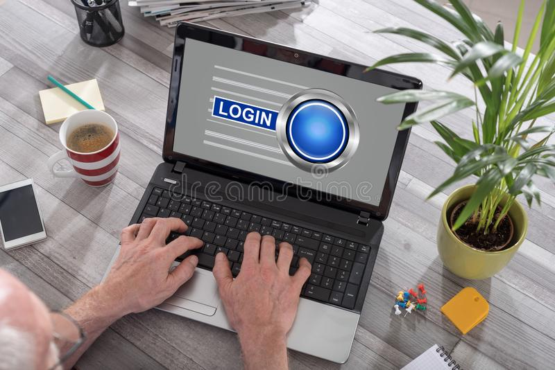 Concepto del inicio de sesión en un ordenador portátil imágenes de archivo libres de regalías