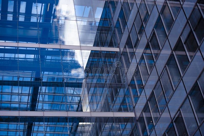 Concepto del negocio - edificio corporativo fotografía de archivo