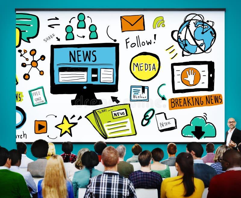 Concepto del periodismo de la publicación del anuncio del artículo de noticias medios foto de archivo libre de regalías