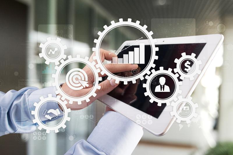Concepto del proceso de negocio en la pantalla virtual imagenes de archivo