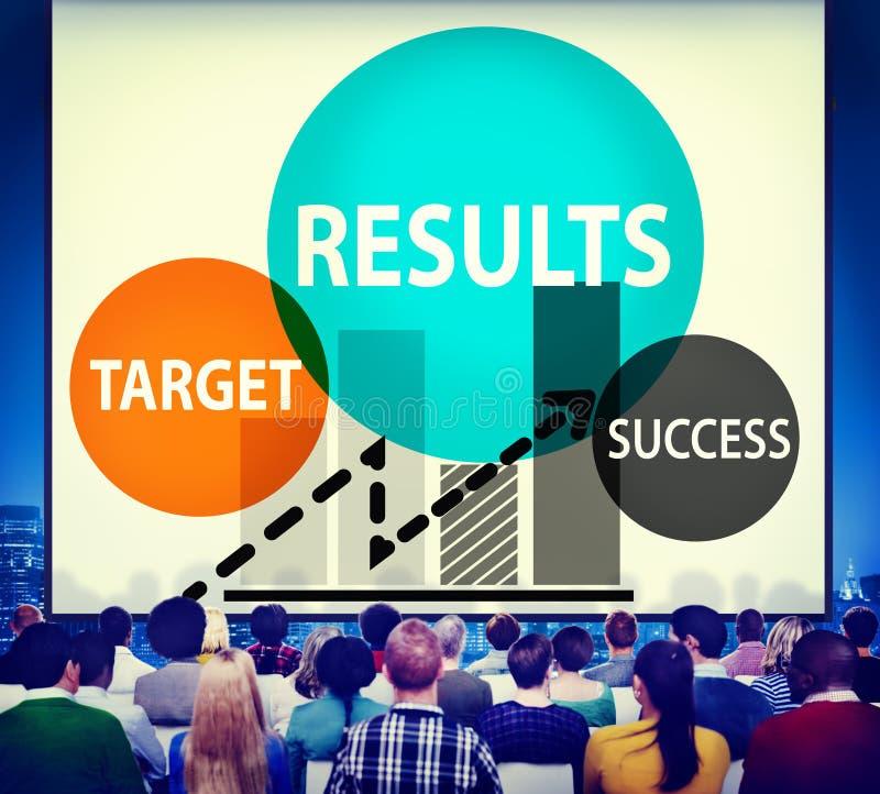 Concepto del progreso de la estrategia del planeamiento del éxito de la blanco de los resultados foto de archivo