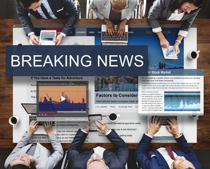 Concepto del Social del aviso de los medios de noticias de última hora foto de archivo