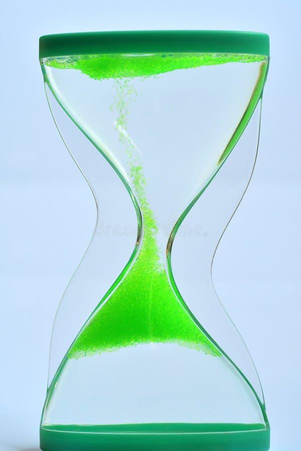 Concepto del tiempo con reloj de arena fotos de archivo libres de regalías