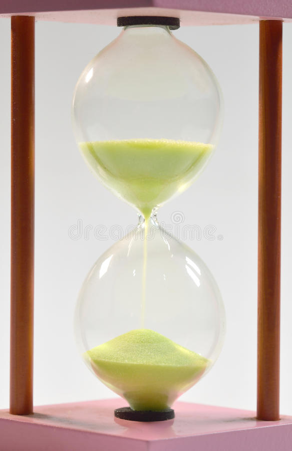 Concepto del tiempo con reloj de arena fotografía de archivo