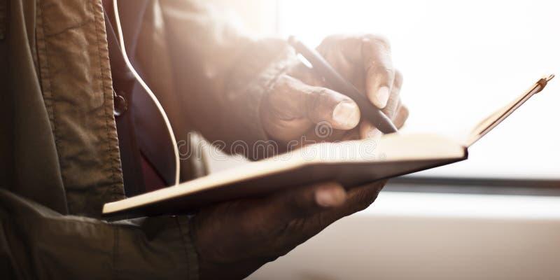 Concepto del viaje de Record Writing Brainstorming del hombre de negocios fotos de archivo