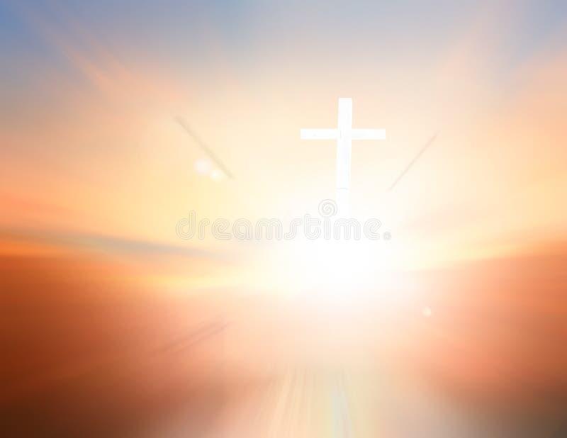Concepto del Viernes Santo: Corona de espinas borrosa y la cruz en fondo ligero espiritual fotos de archivo