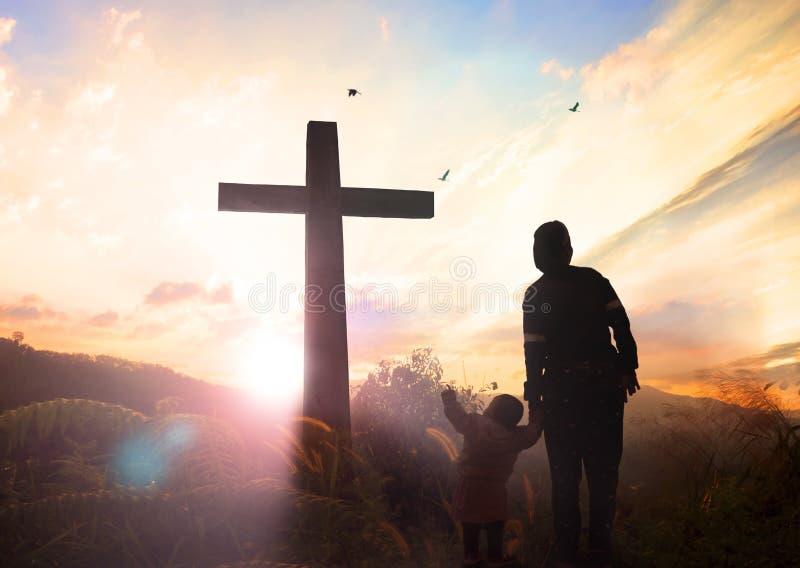 Concepto del Viernes Santo: ejemplo de la crucifixión de Jesus Christ en Viernes Santo imagenes de archivo