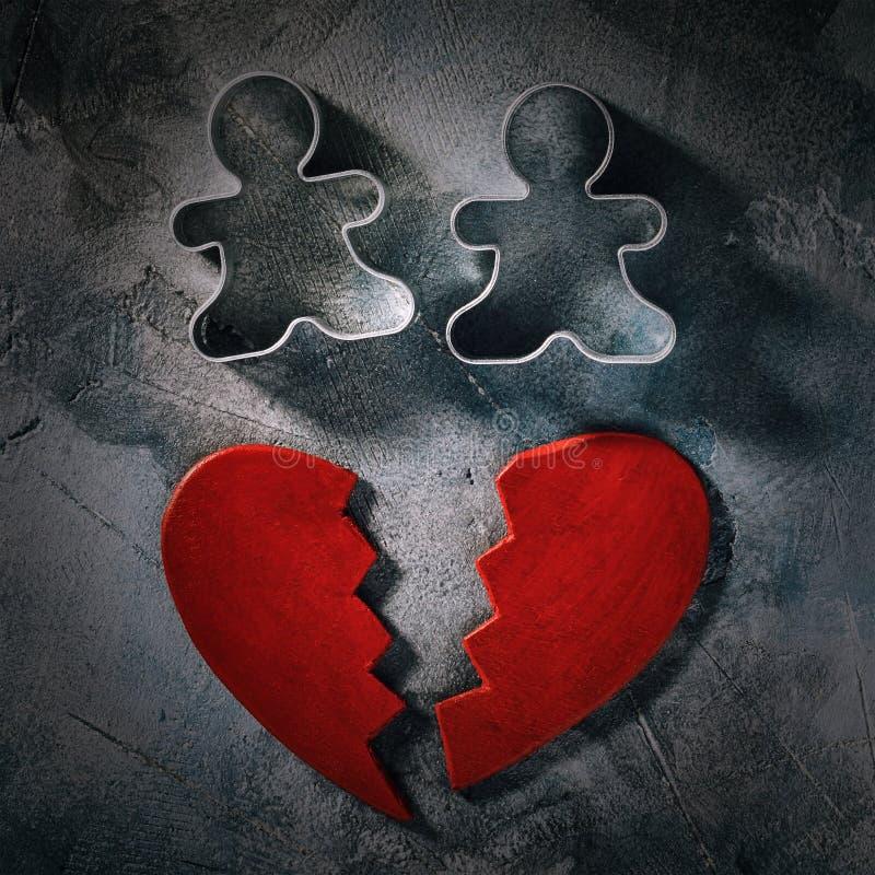 Concepto en el tema del amor quebrado imagen de archivo