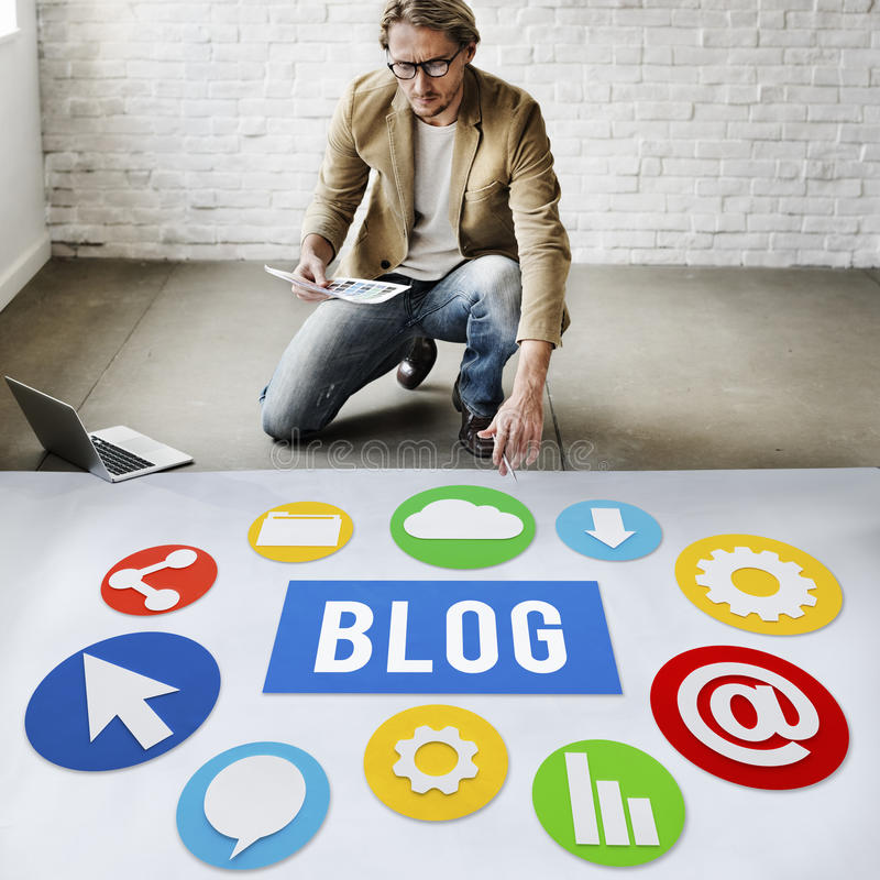 Concepto en línea Blogging del sitio web contento del blog imagen de archivo