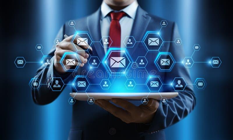 Concepto en línea de la red de la tecnología de Internet del negocio de la charla de la comunicación del correo del correo electr imagen de archivo libre de regalías