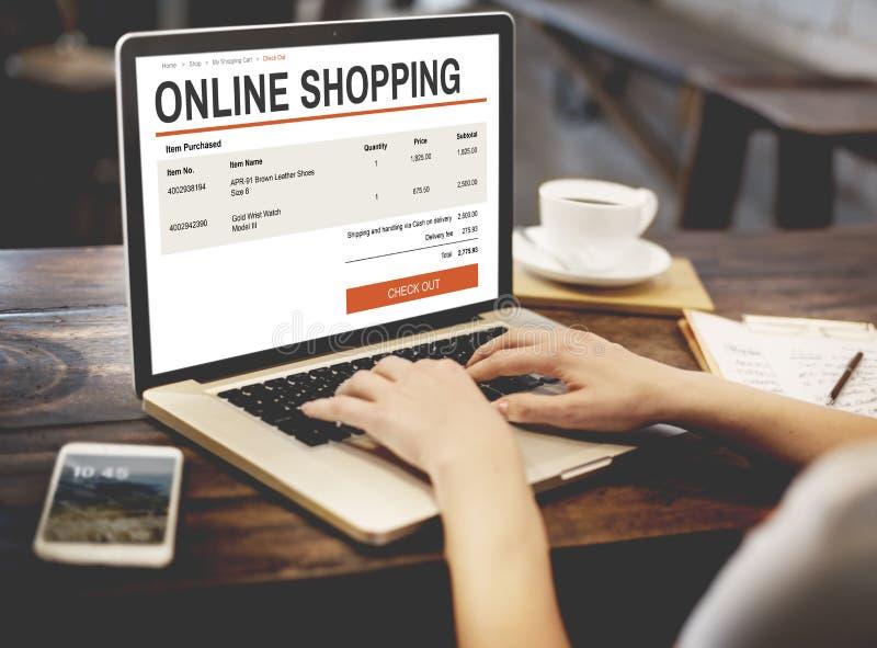 Concepto en línea de la tecnología del sitio web de las compras del comercio electrónico fotos de archivo libres de regalías