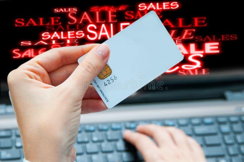 Concepto en línea de las ventas imagenes de archivo