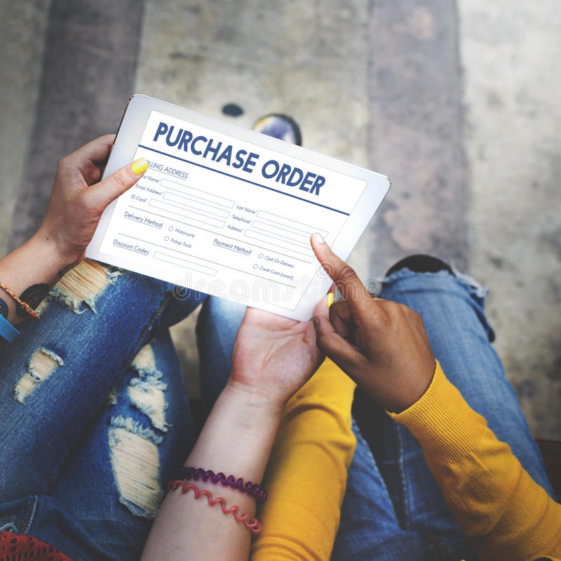 Concepto en línea del trato de la forma de la orden de compra imagen de archivo libre de regalías