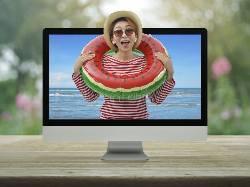Concepto en l?nea de las vacaciones de verano del negocio foto de archivo