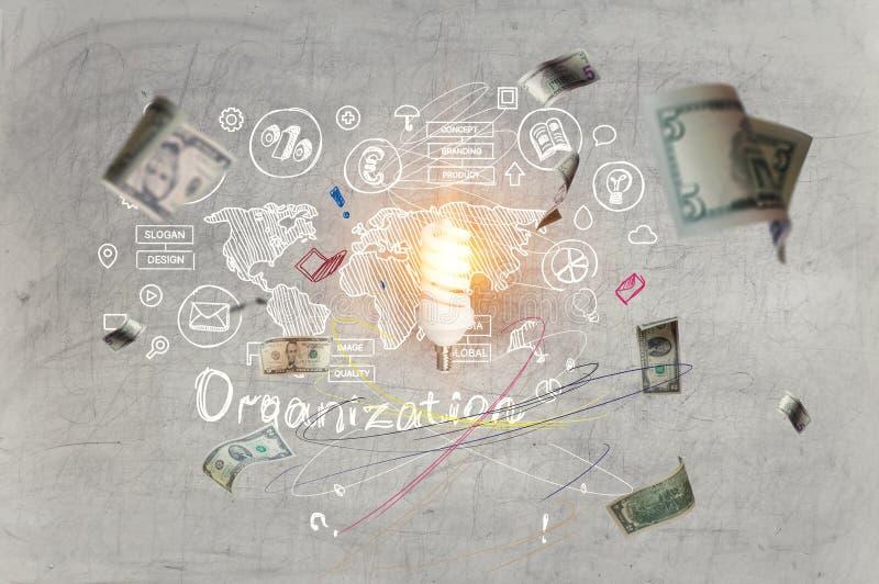 Concepto exhausto de los gráficos y de las cartas del bosquejo de la mano para el organizarion con los billetes de banco ardiente libre illustration