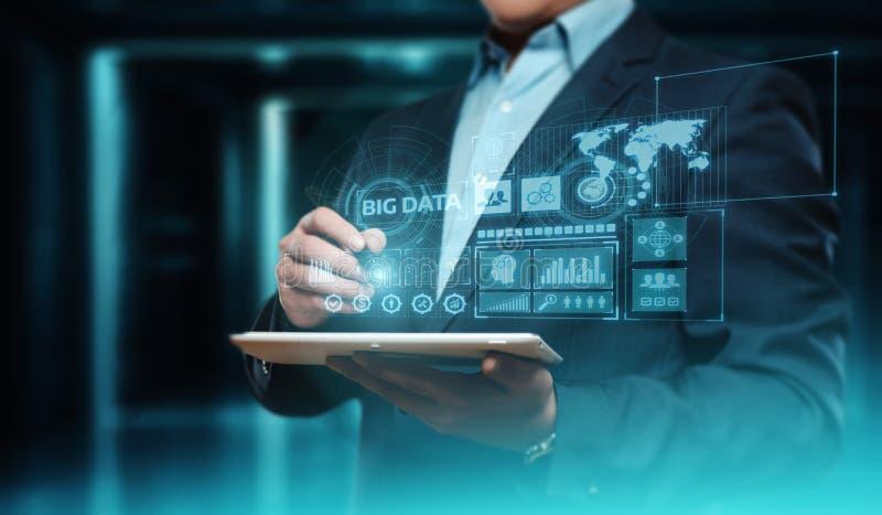 Concepto grande de la información del negocio de la tecnología de la información de Internet de los datos foto de archivo libre de regalías