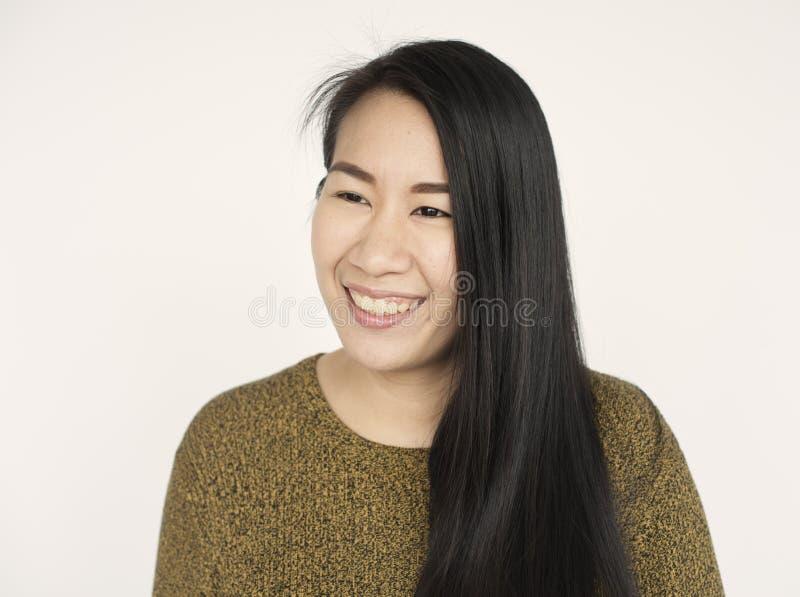 Concepto hermoso de la mirada de la mujer asiática foto de archivo