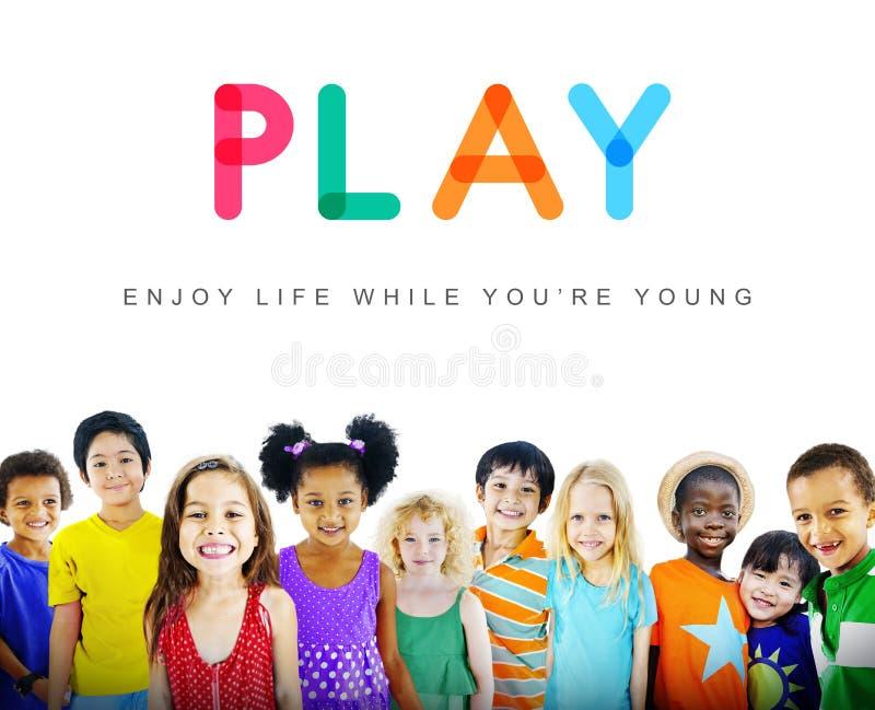 Concepto inocente de los jóvenes del niño de los niños de los niños imagen de archivo