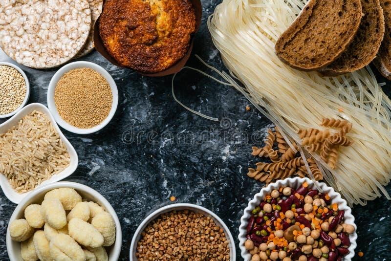 Concepto libre de la dieta del gluten - selección de granos y de carbohidratos para la gente con intolerancia del gluten fotos de archivo libres de regalías