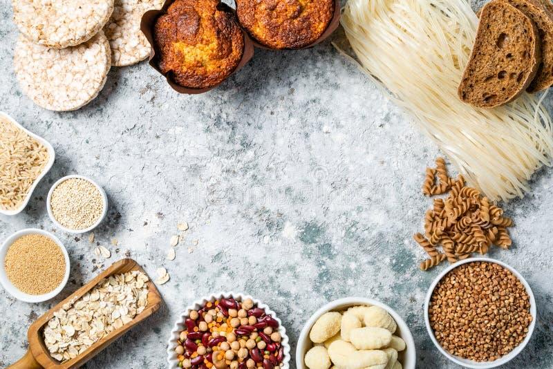 Concepto libre de la dieta del gluten - selección de granos y de carbohidratos para la gente con intolerancia del gluten fotografía de archivo