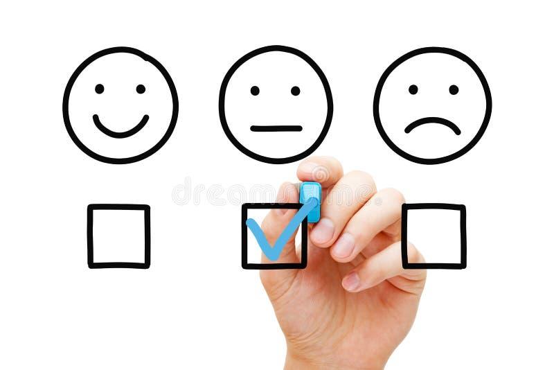 Concepto medio de la encuesta sobre los comentarios de clientes fotos de archivo