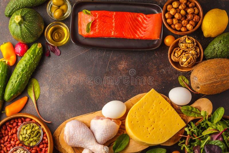 Concepto quetogénico de la dieta del Keto Comida de alto valor proteico, CCB del marco de la comida fotografía de archivo libre de regalías