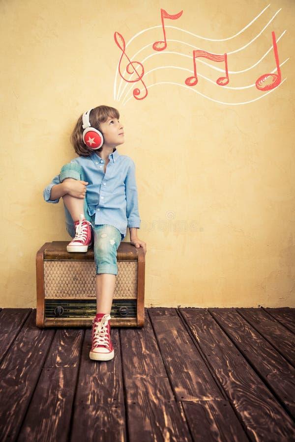Concepto retro de la música imágenes de archivo libres de regalías