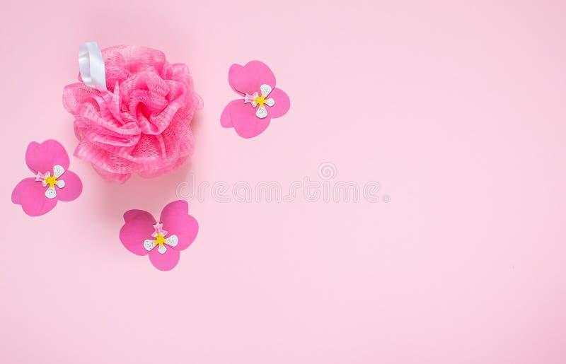 Concepto rosado del BALNEARIO de Bast Bathroom Accessories de la brizna imagen de archivo libre de regalías