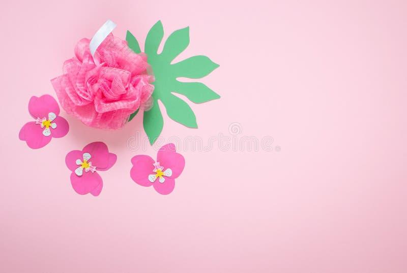 Concepto rosado del BALNEARIO de Bast Bathroom Accessories de la brizna imágenes de archivo libres de regalías