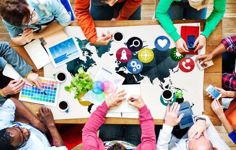 Concepto social de la conexión del establecimiento de una red de las comunicaciones globales imagen de archivo