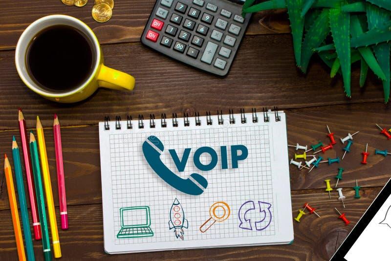 Concepto social de la red de la comunicación de oficina de VOIP Voz sobre el IP - tecnología de la llamada de Internet del teléfo fotografía de archivo
