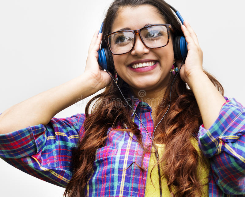 Concepto sonriente del retrato de la muchacha adolescente india fotografía de archivo