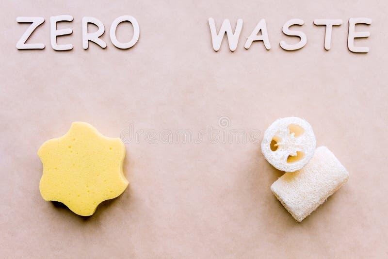Concepto in?til cero Lufa reciclable del baño foto de archivo libre de regalías