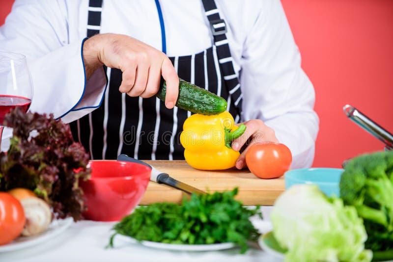 Concepto vegetariano de la receta Restaurante vegetariano Colmado de las verduras frescas de la compra Café vegetariano del princ fotos de archivo