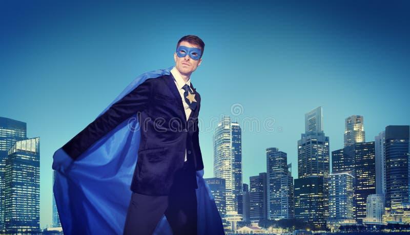 Conceptos potentes fuertes del paisaje urbano del super héroe del negocio imagenes de archivo