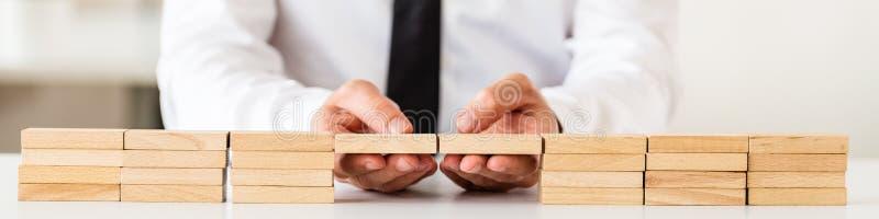 Conceptueel beeld van bedrijfsoplossing of fusie stock foto