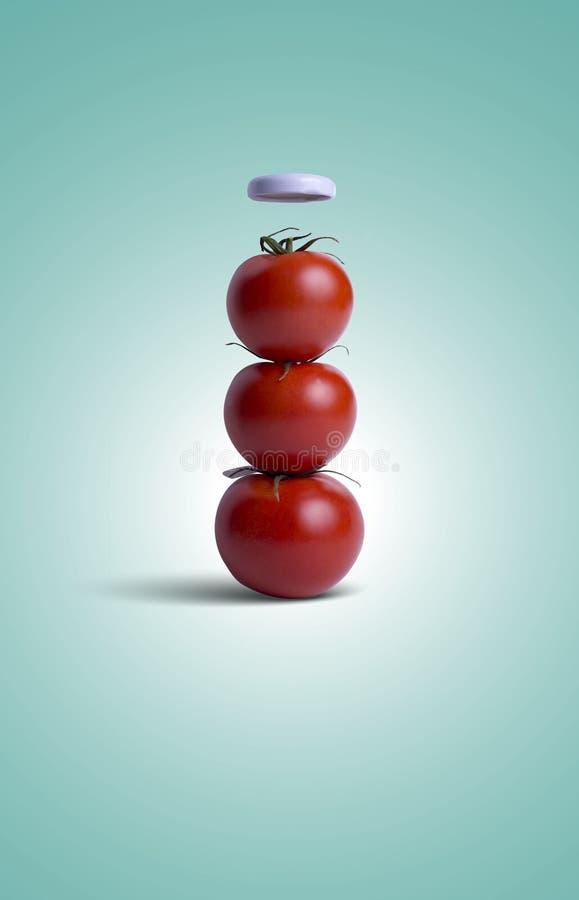 Conceptueel die Beeld van Tomaten in een Flessenvorm worden geschikt royalty-vrije stock afbeeldingen