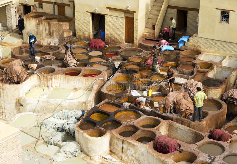 Concerie di Fes, Marocco, Africa fotografie stock libere da diritti
