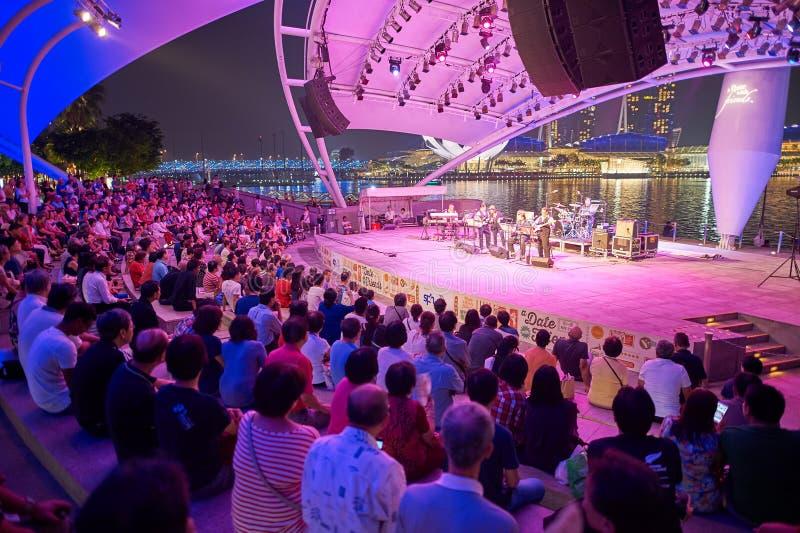 Concert la nuit photos libres de droits