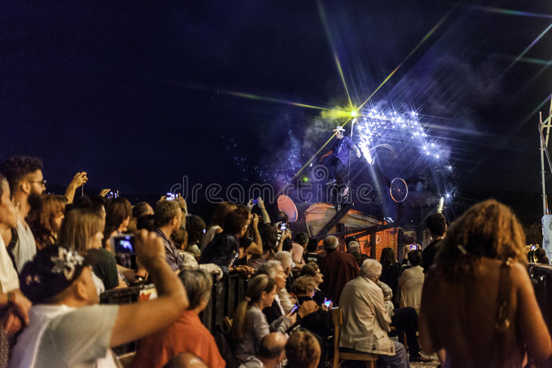 Concert vivant de capossela de Vinicio en Italie, Calitri image libre de droits